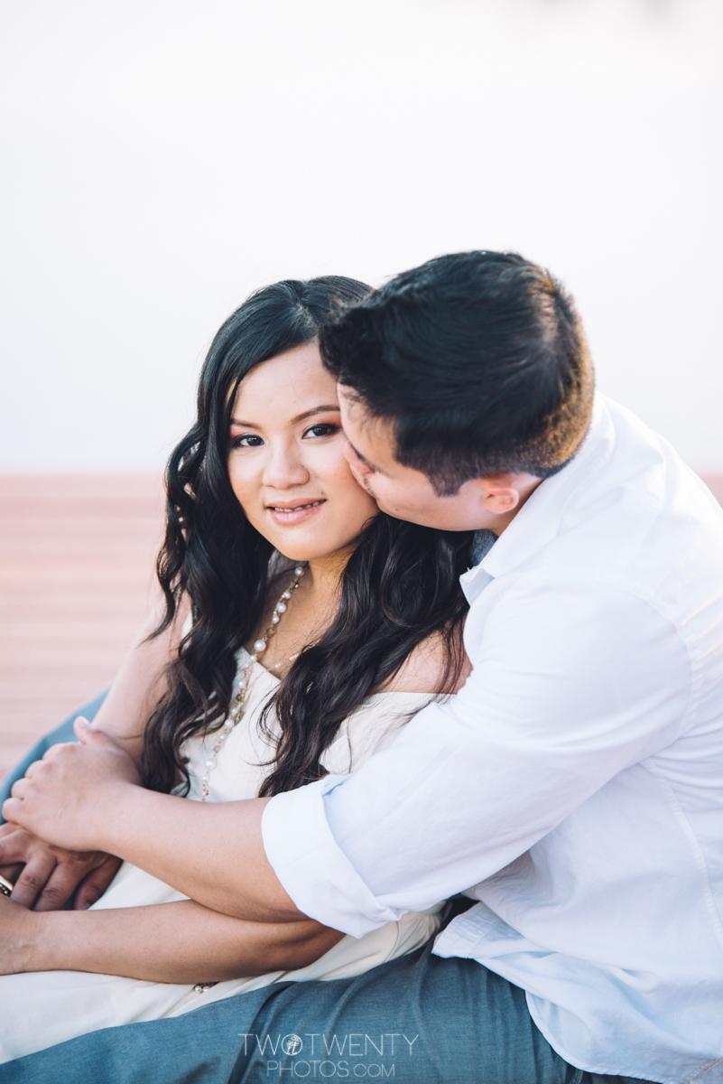 lavender-farm-engagement-wedding-photography-sacramento-california-portrait-photographer-bywater-hollow-farm-canoe-17