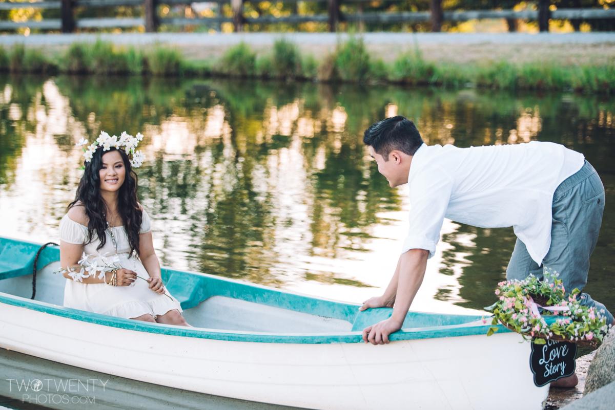 lavender-farm-engagement-wedding-photography-sacramento-california-portrait-photographer-bywater-hollow-farm-canoe-19