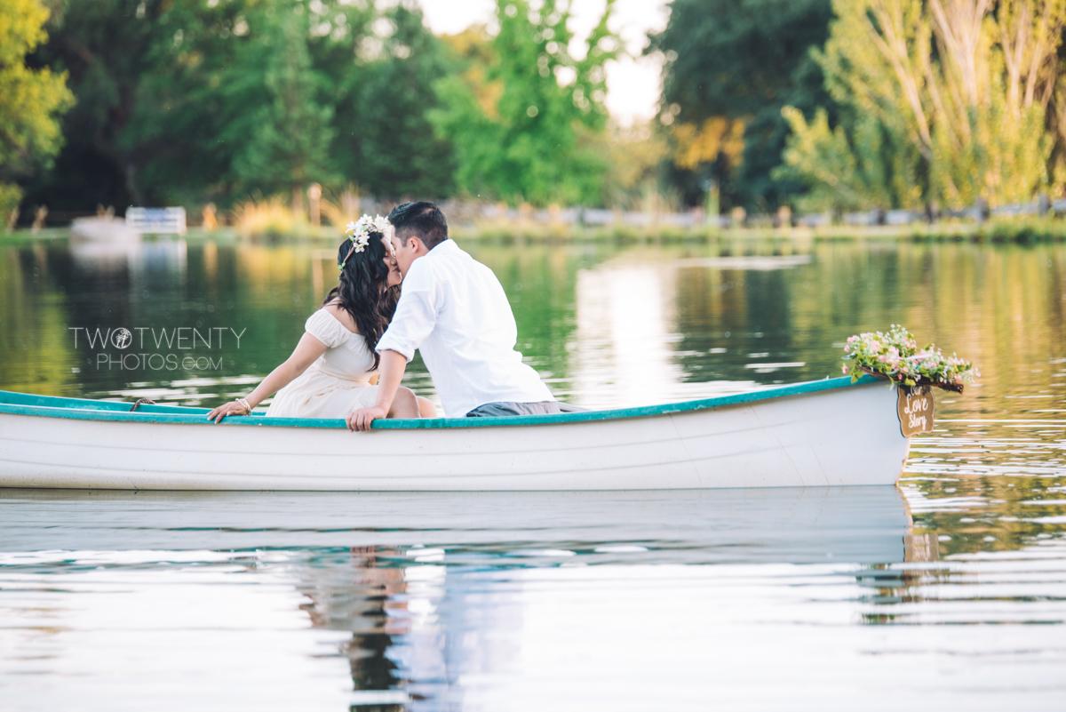 lavender-farm-engagement-wedding-photography-sacramento-california-portrait-photographer-bywater-hollow-farm-canoe-21