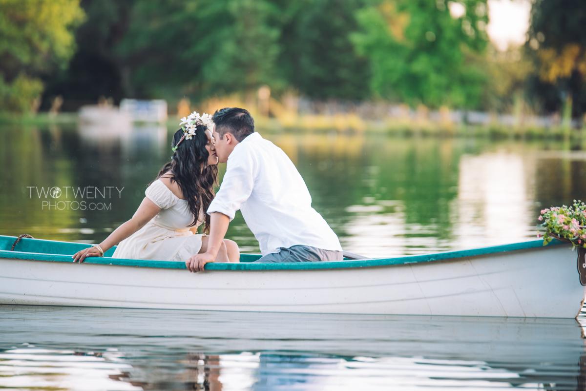 lavender-farm-engagement-wedding-photography-sacramento-california-portrait-photographer-bywater-hollow-farm-canoe-22