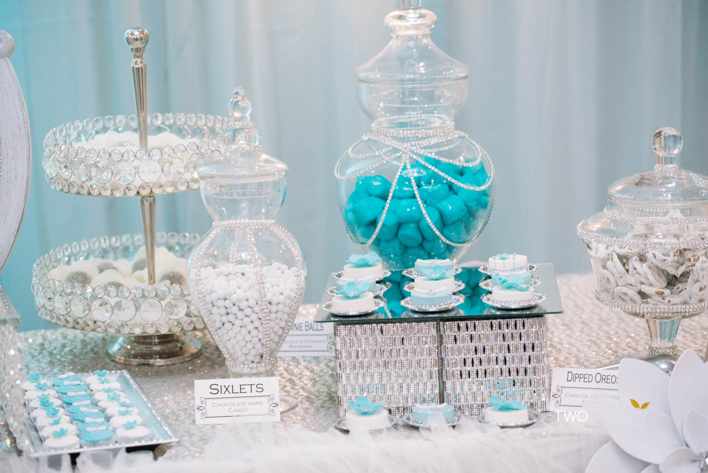 tiffany blue luxury wedding anniversary celebration-36