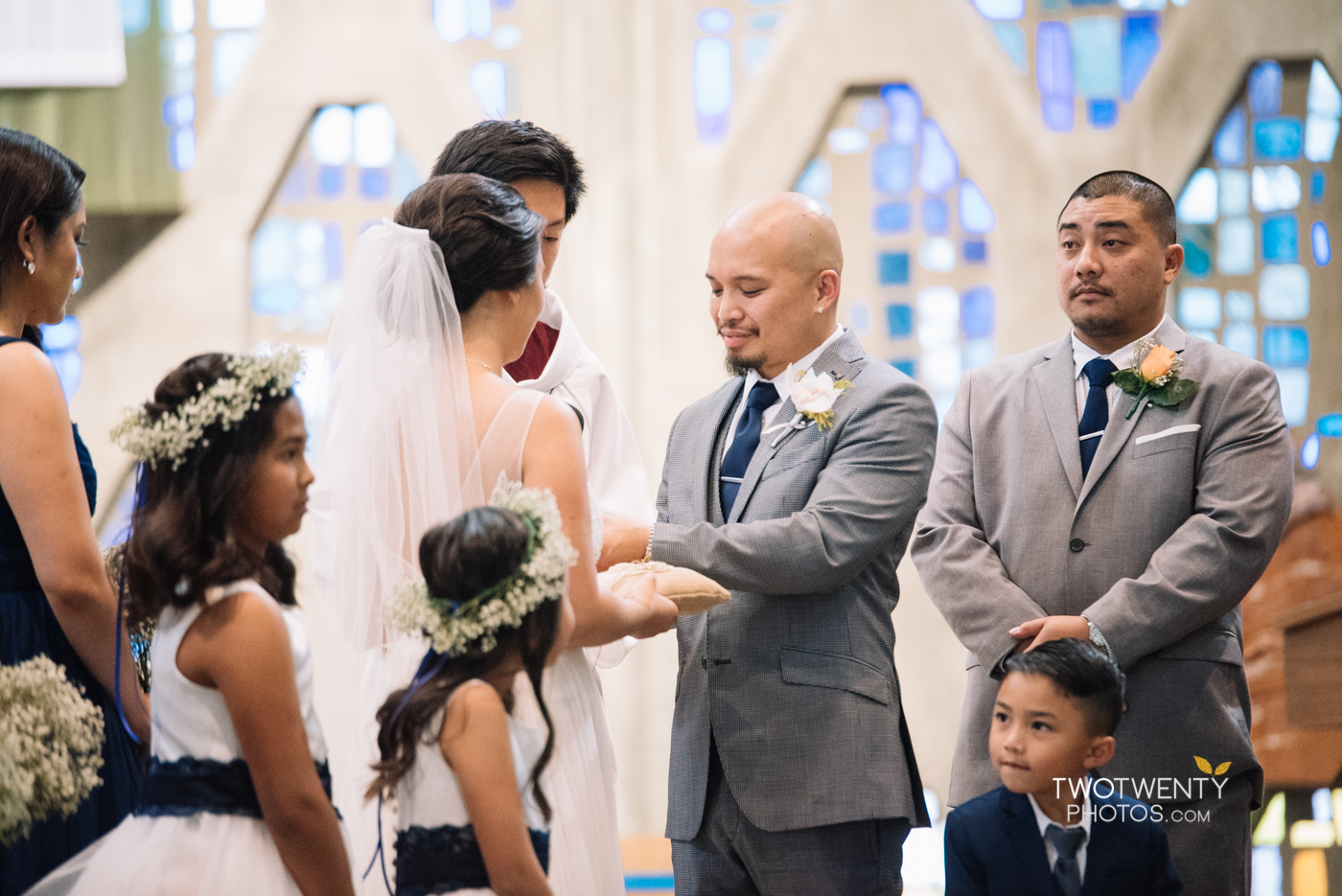 st-luke-church-stockton-sacramento-wedding-photographer_-14