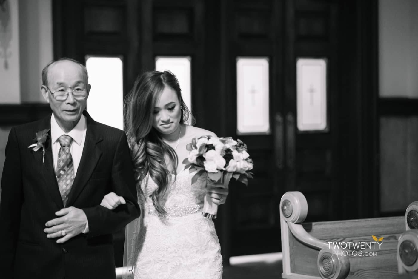 cathedral-of-the-sacred-sacrament-downtown-sacramento-wedding-photographer-10