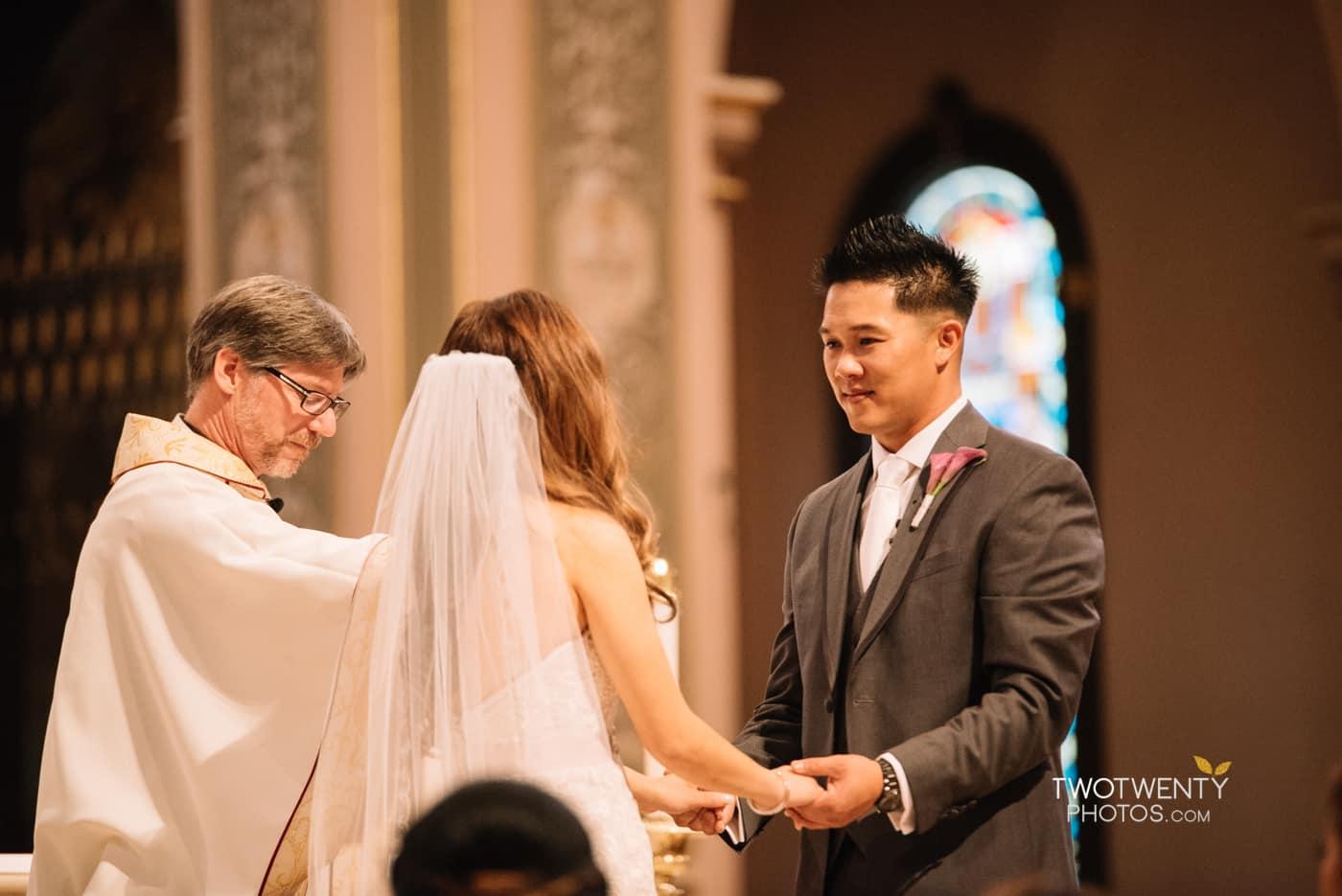 cathedral-of-the-sacred-sacrament-downtown-sacramento-wedding-photographer-15