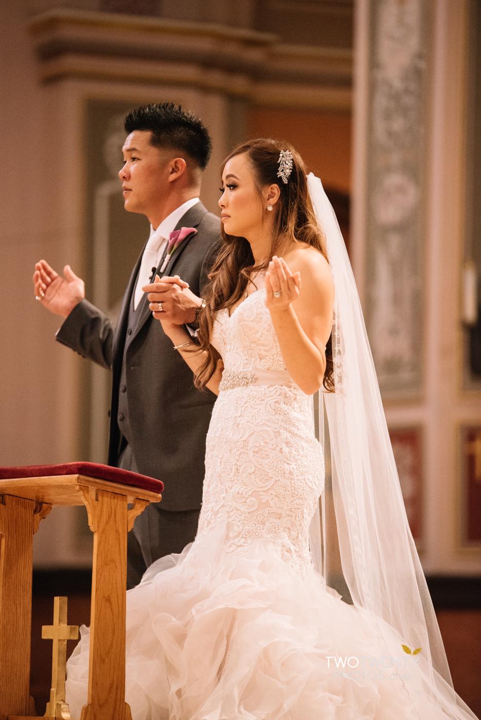 cathedral-of-the-sacred-sacrament-downtown-sacramento-wedding-photographer-24