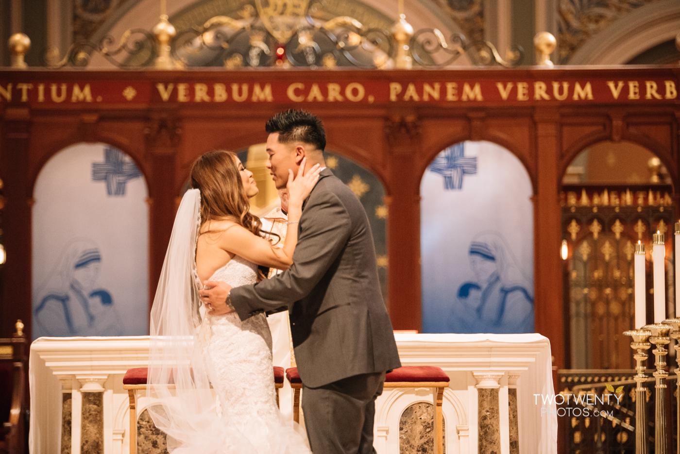 cathedral-of-the-sacred-sacrament-downtown-sacramento-wedding-photographer-27