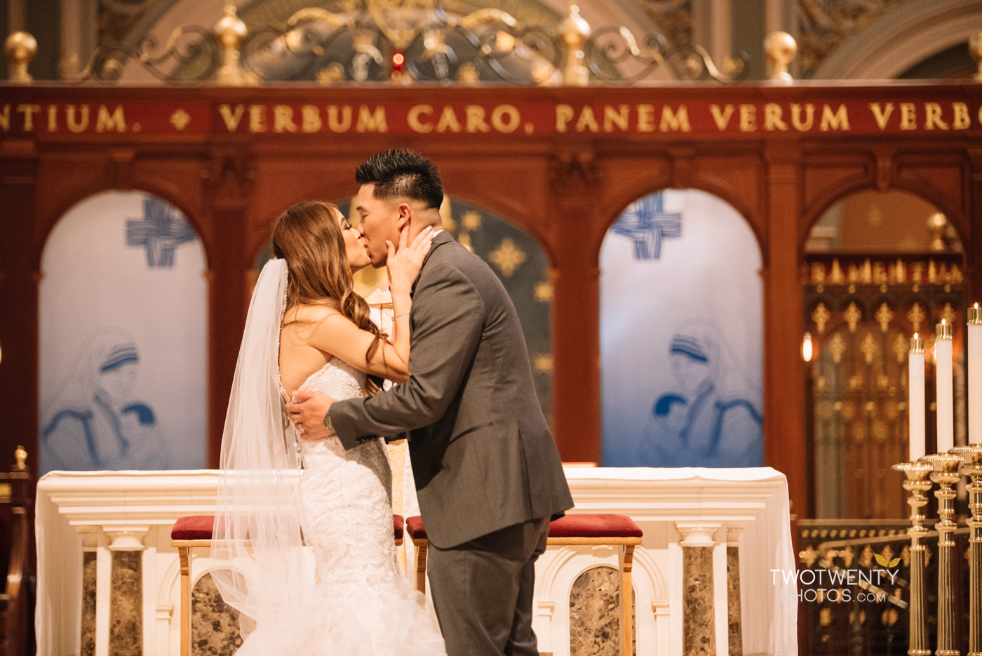 cathedral-of-the-sacred-sacrament-downtown-sacramento-wedding-photographer-28