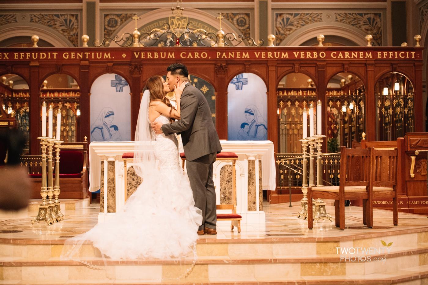 cathedral-of-the-sacred-sacrament-downtown-sacramento-wedding-photographer-29