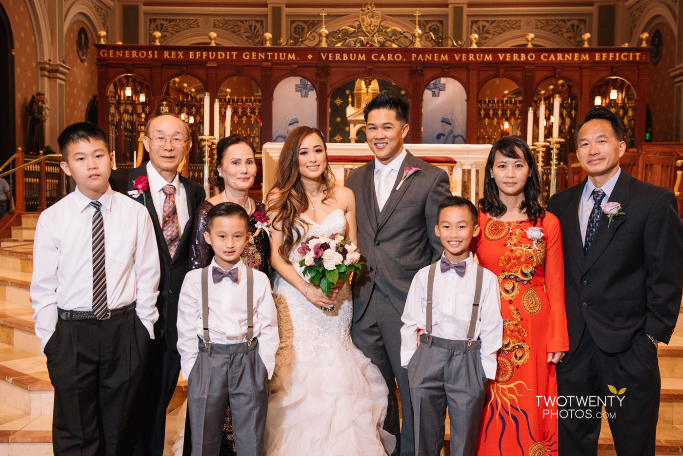 cathedral-of-the-sacred-sacrament-downtown-sacramento-wedding-photographer-35