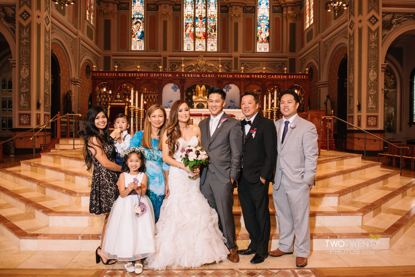 cathedral-of-the-sacred-sacrament-downtown-sacramento-wedding-photographer-36