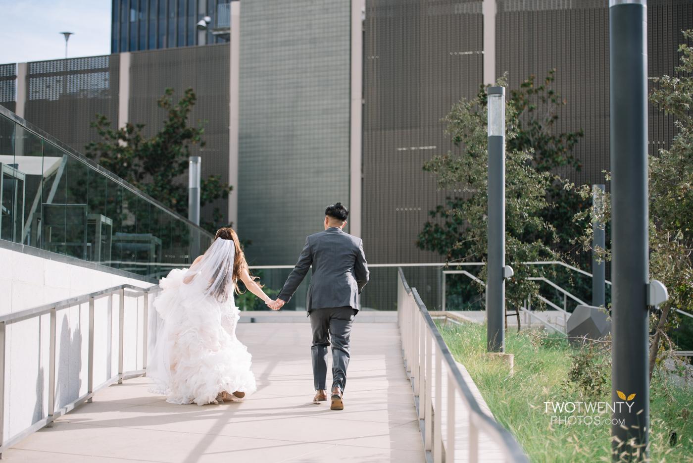 golden1-sacramento-kings-arena-wedding-photographer-28