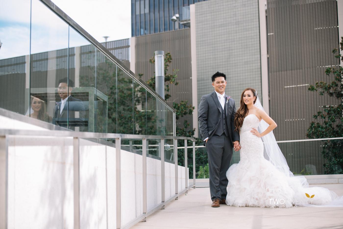 golden1-sacramento-kings-arena-wedding-photographer-29
