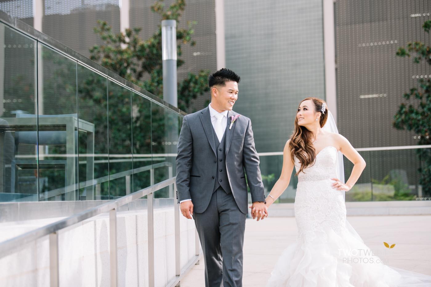 golden1-sacramento-kings-arena-wedding-photographer-30