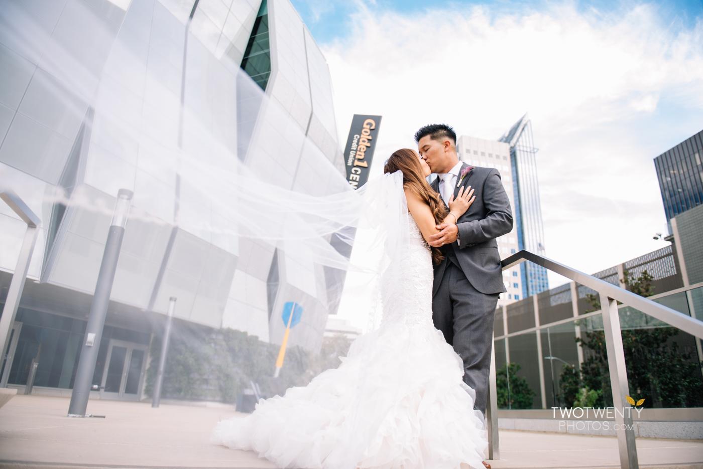 golden1-sacramento-kings-arena-wedding-photographer-31
