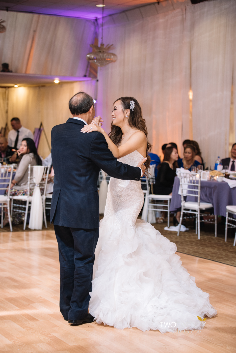 sacramento-wedding-photographer-king-palace-restaurant-29
