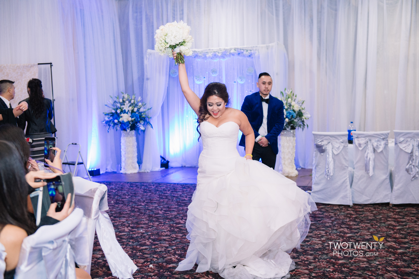 happy-garden-restaurant-sacramento-wedding-photographer-12