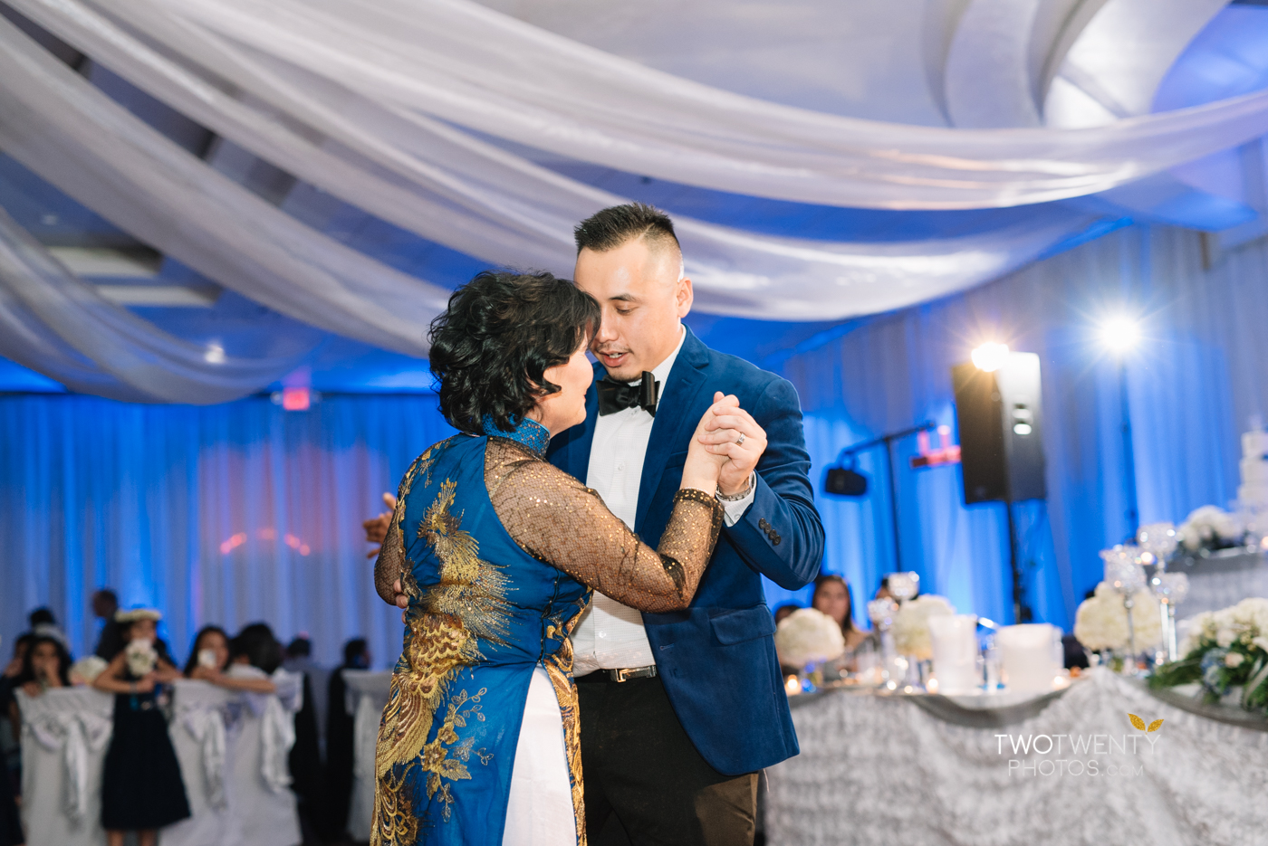 happy-garden-restaurant-sacramento-wedding-photographer-45