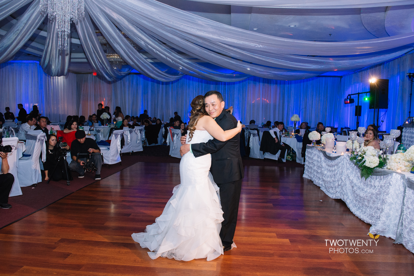 happy-garden-restaurant-sacramento-wedding-photographer-50