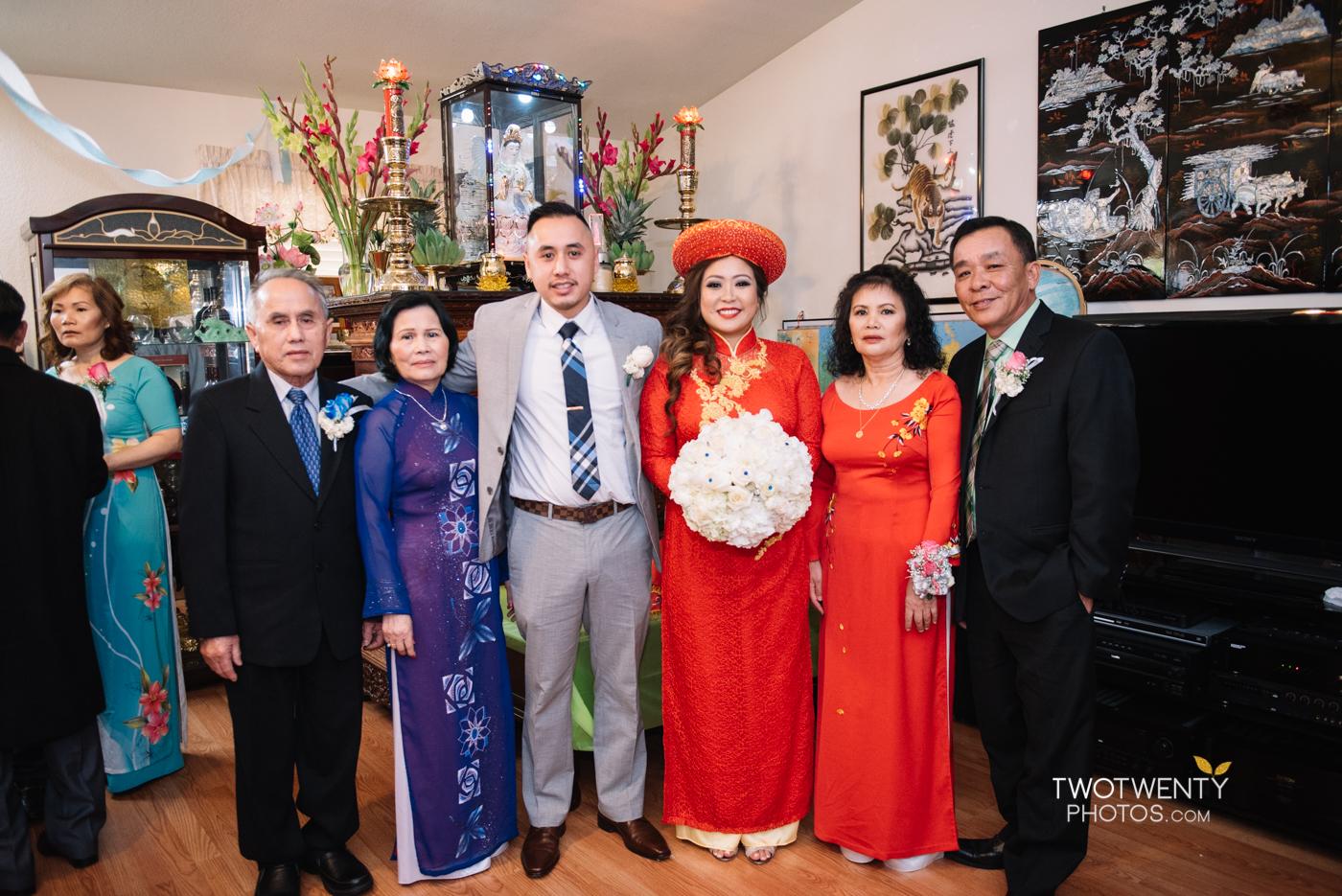 happy-garden-sacramento-wedding-photographer-6