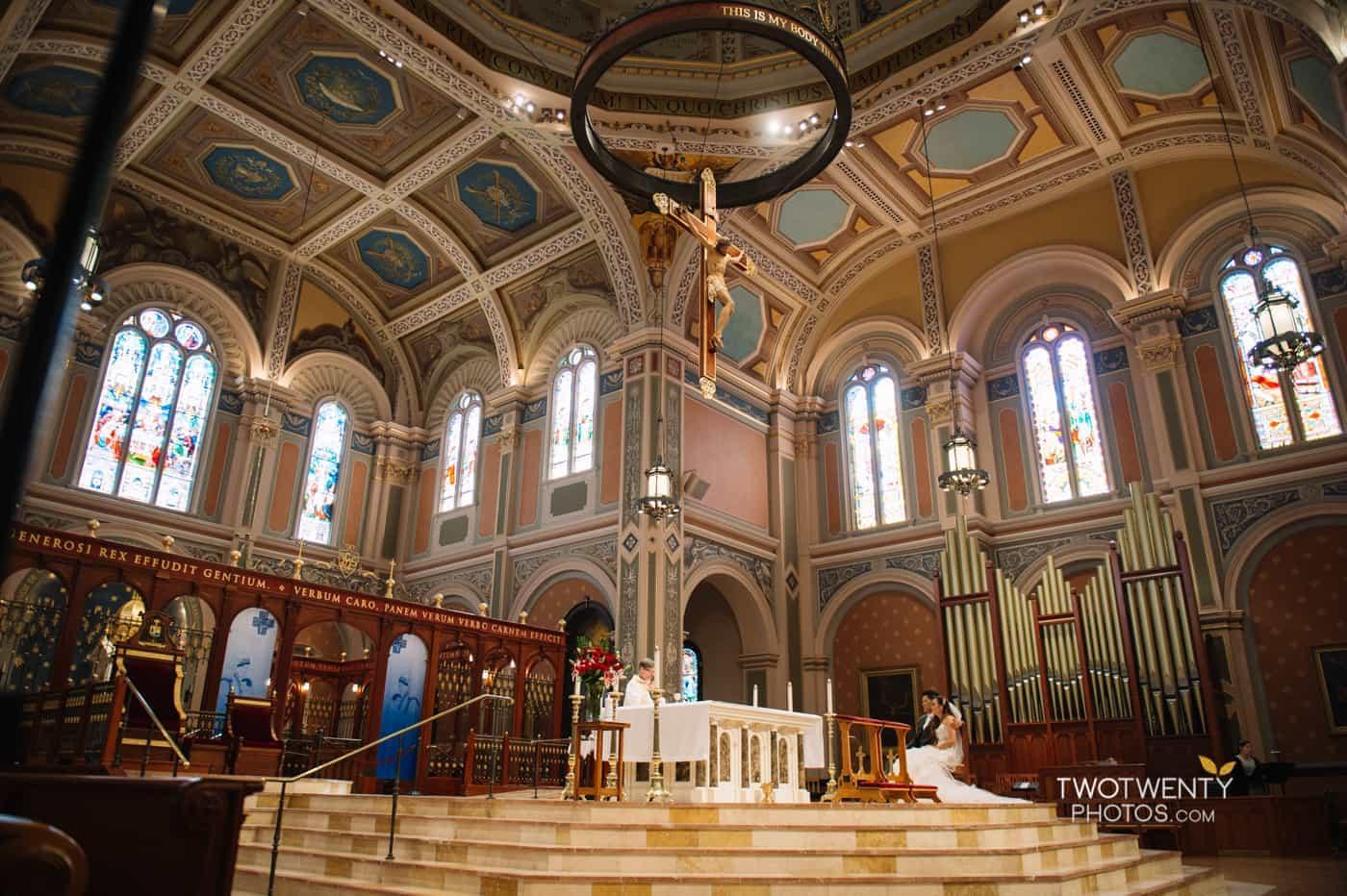 cathedral-of-the-sacred-sacrament-downtown-sacramento-wedding-photographer-21